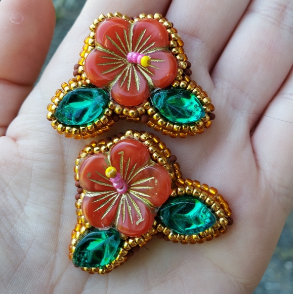 Made By Me Hibiscus Flower Jewelry Hair Clip